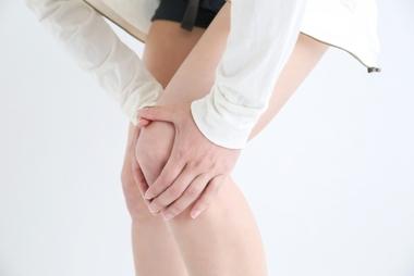 お家でできる膝痛のためのストレッチとは?中野区弥生町・中野新橋駅から徒歩8分