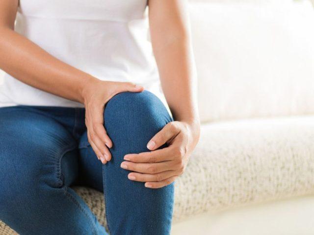 膝痛には湿布が効果的?中野区中野新橋駅・中野富士見町駅の整骨院